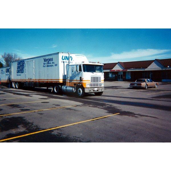 2001 - Move