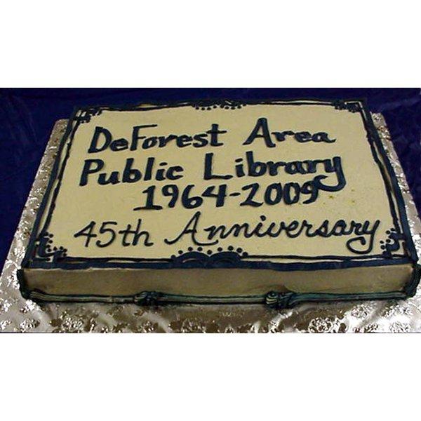 2009 - 45th Anniversary - Cake
